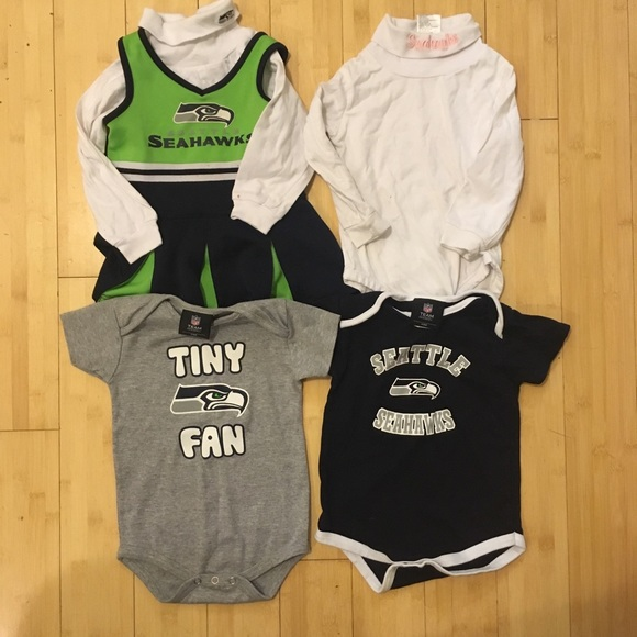 the latest 6be3b ad692 Lot Of Seahawks Baby Clothes (5 Pieces) 18 Months